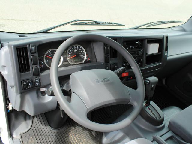 2020 Isuzu NRR Regular Cab 4x2, Supreme Kold King Refrigerated Body #IZ1535 - photo 15