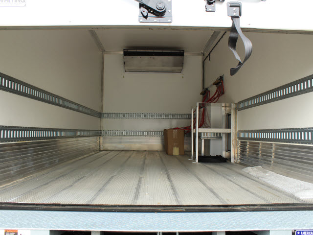 2020 Isuzu NRR Regular Cab 4x2, Supreme Kold King Refrigerated Body #IZ1535 - photo 8