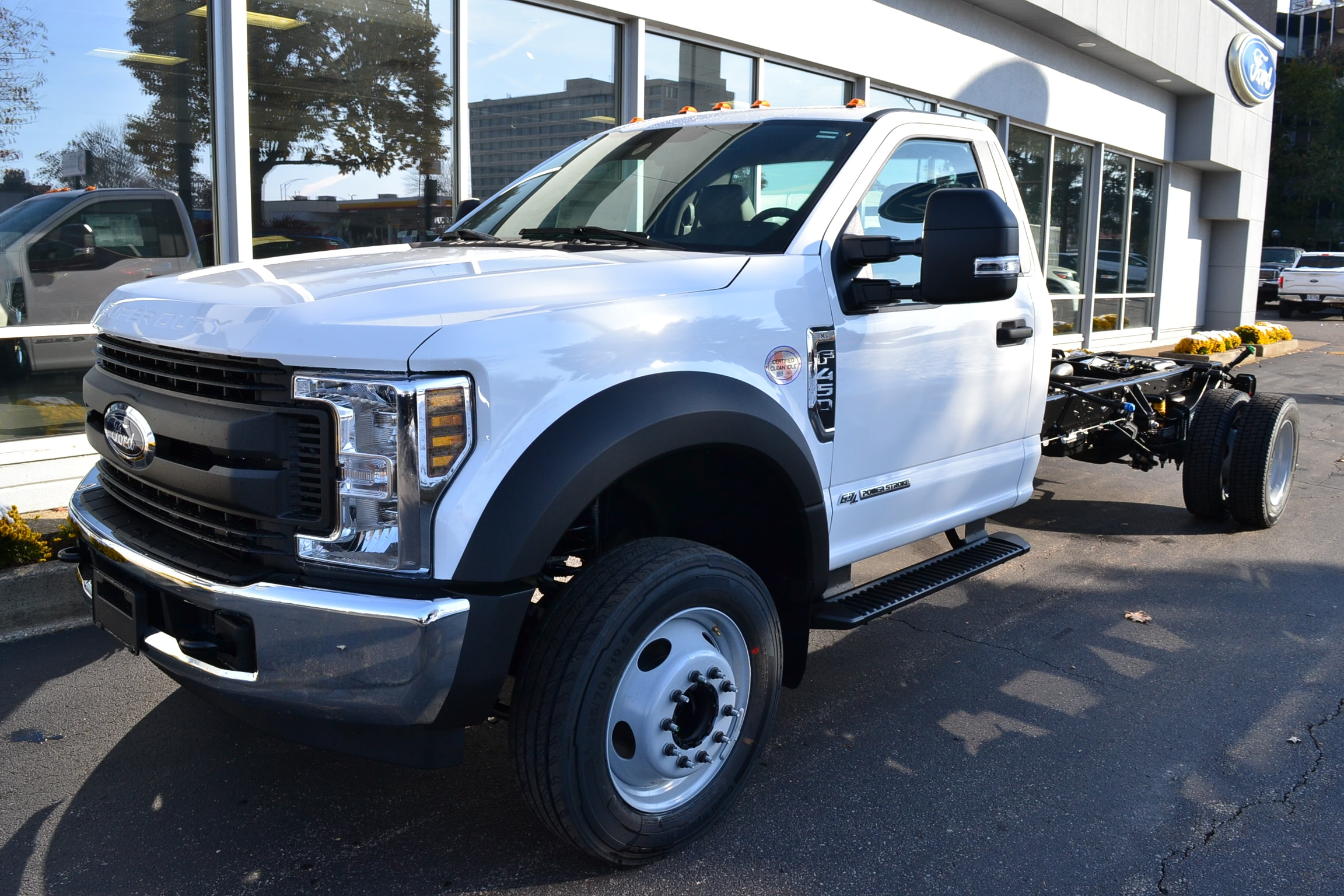 2019 Ford F-450 Regular Cab DRW 4x2, Cab Chassis #9723 - photo 1