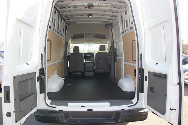 2020 Nissan NV2500 High Roof 4x2, Empty Cargo Van #D811766 - photo 1