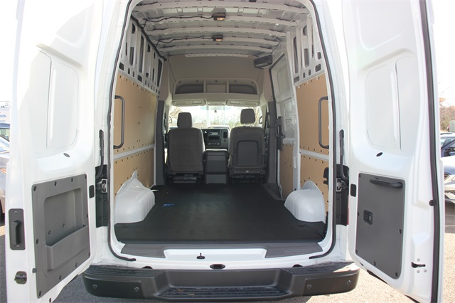 2020 Nissan NV2500 High Roof 4x2, Empty Cargo Van #L811635 - photo 1