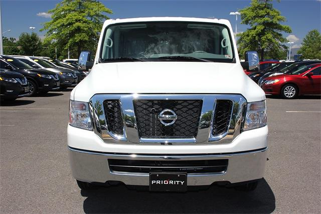 2020 Nissan NV3500 4x2, Passenger Wagon #L851151 - photo 1