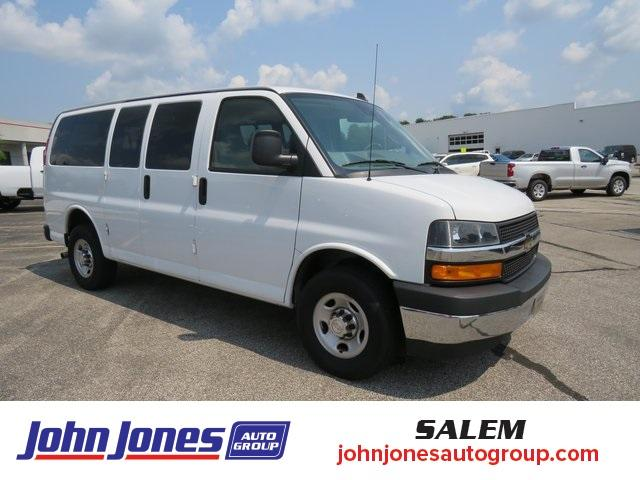 2019 Chevrolet Express 2500 RWD, Passenger Wagon #S04955 - photo 1