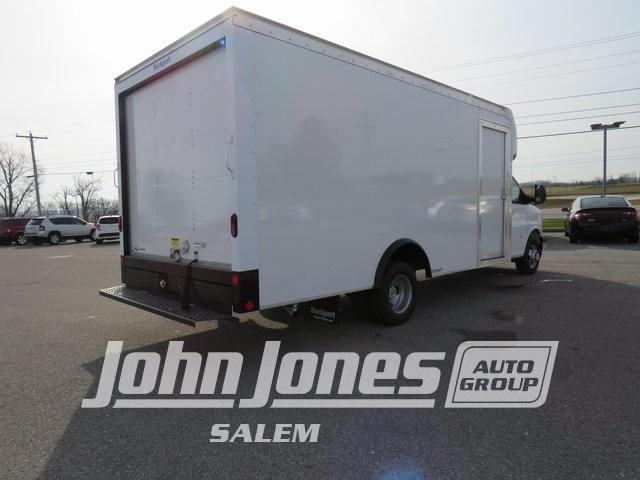 2020 Chevrolet Express 3500 DRW 4x2, Rockport Cutaway Van #S1459L - photo 1