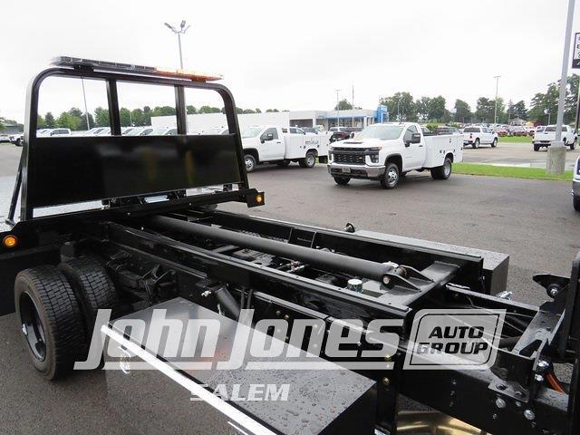2021 Silverado 6500 Crew Cab DRW 4x4,  Rollback Body #S1556M - photo 27