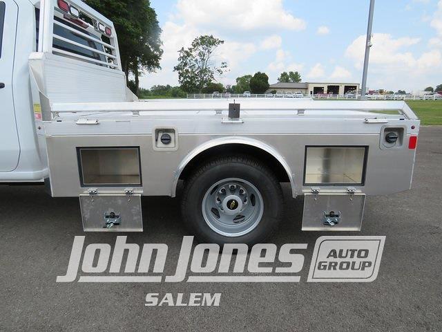 2021 Silverado 3500 Crew Cab 4x4,  Monroe Truck Equipment Tow 'N Haul Gooseneck Platform Body #S1841M - photo 12