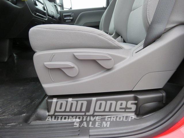 2019 Chevrolet Silverado Medium Duty Regular Cab DRW 4x4, Miller Industries Century Rollback Body #S1864K - photo 12
