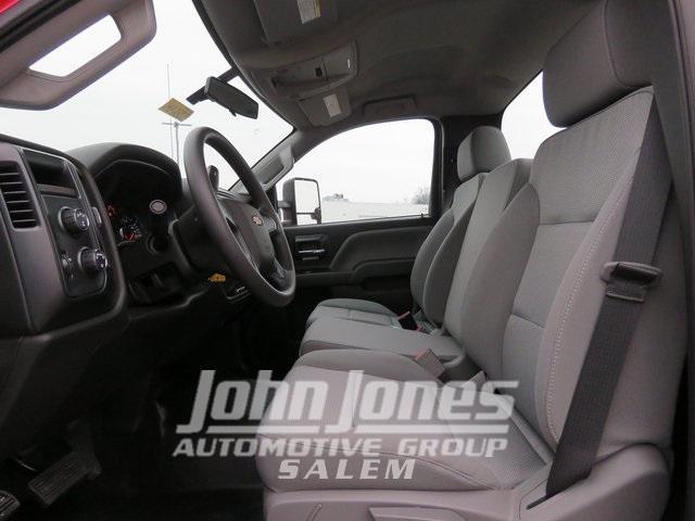 2019 Chevrolet Silverado Medium Duty Regular Cab DRW 4x4, Miller Industries Century Rollback Body #S1864K - photo 15