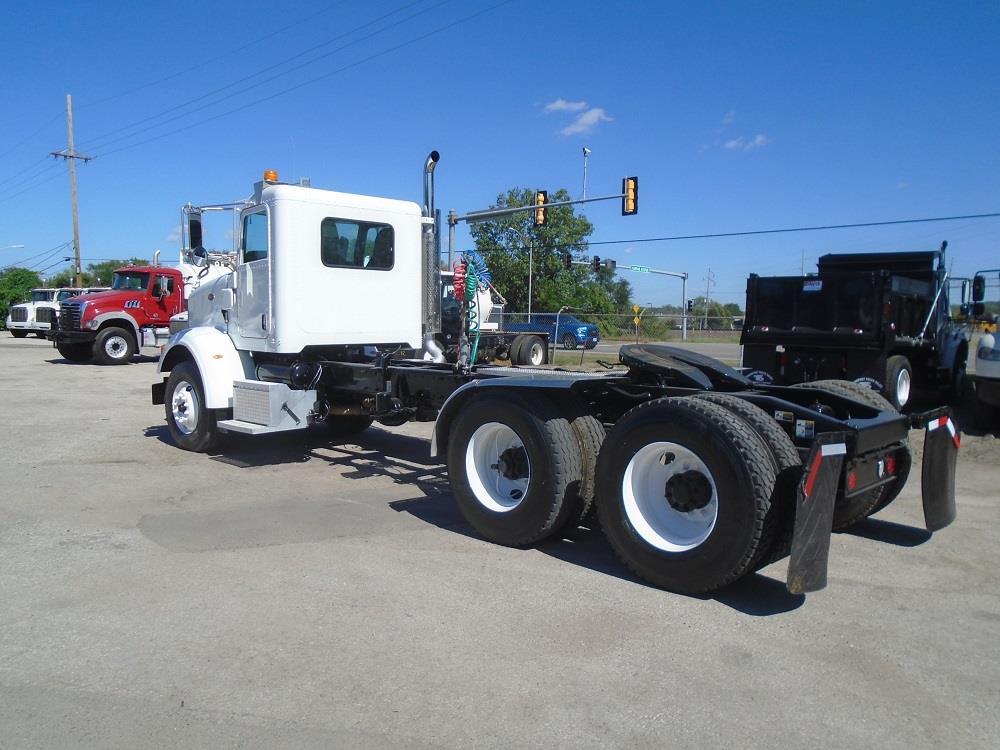 2012 Peterbilt 365 Day Cab 6x4, Tractor #59438 - photo 1