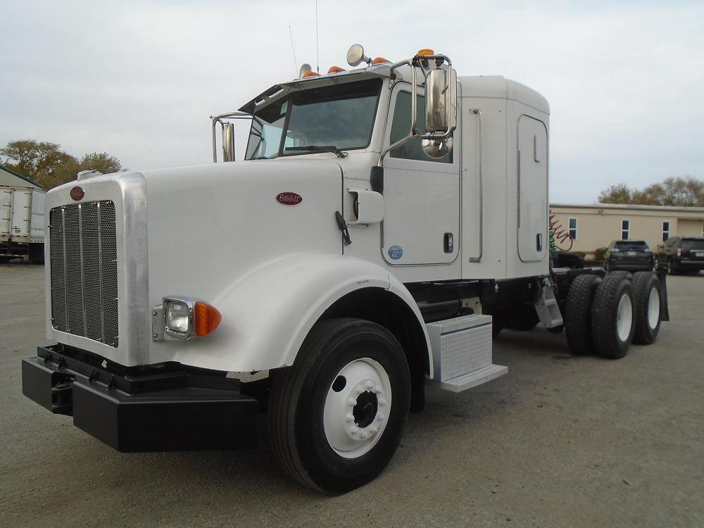 2015 Peterbilt 365 Sleeper Cab 6x4, Tractor #70004 - photo 1