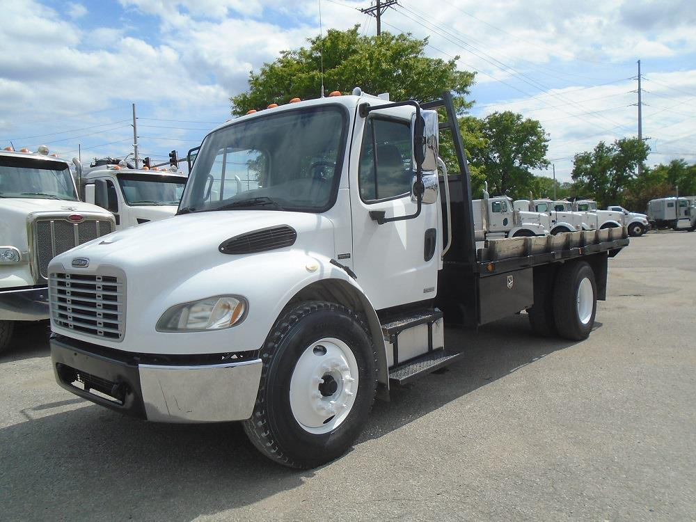 2007 Freightliner Truck Day Cab, 16' Flatbed #SCC-85373 - photo 1