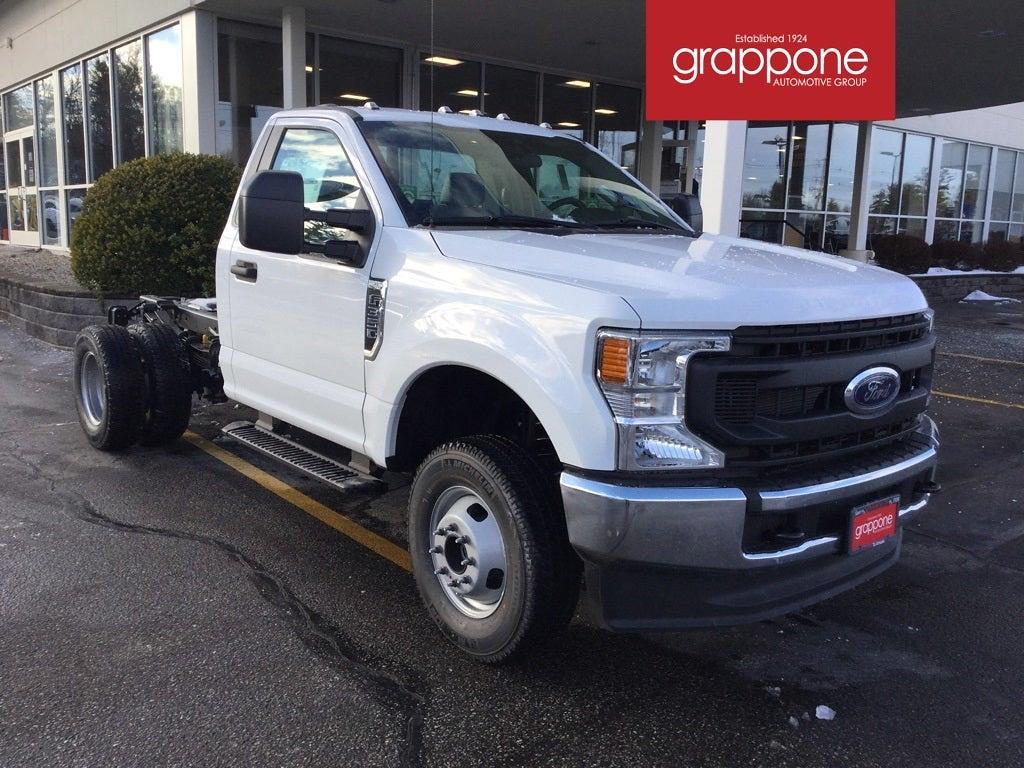 2021 Ford F-350 Regular Cab DRW 4x4, Cab Chassis #FJ0070 - photo 1