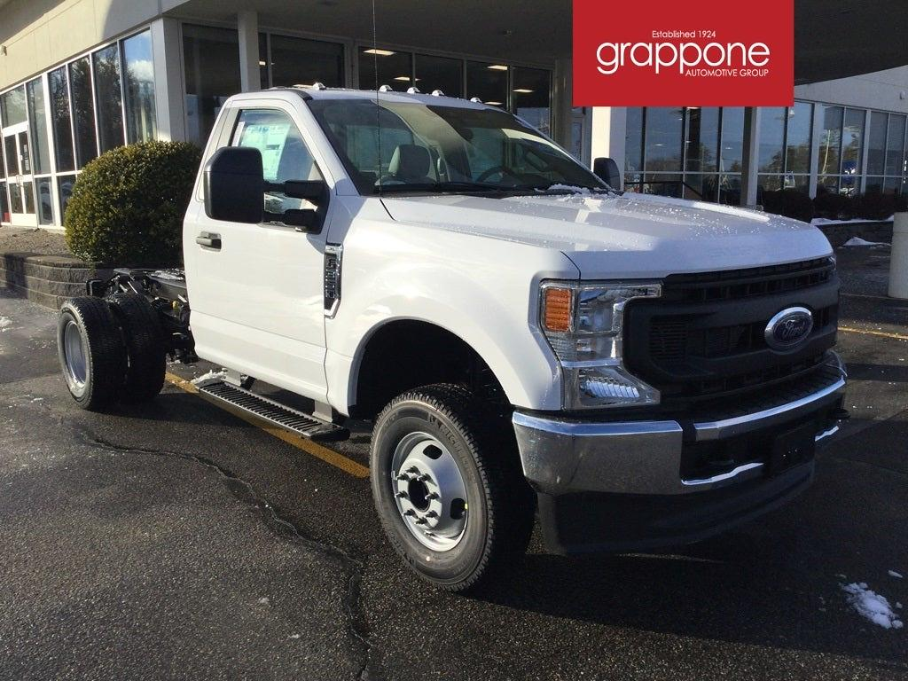 2021 Ford F-350 Regular Cab DRW 4x4, Cab Chassis #FJ0100 - photo 1