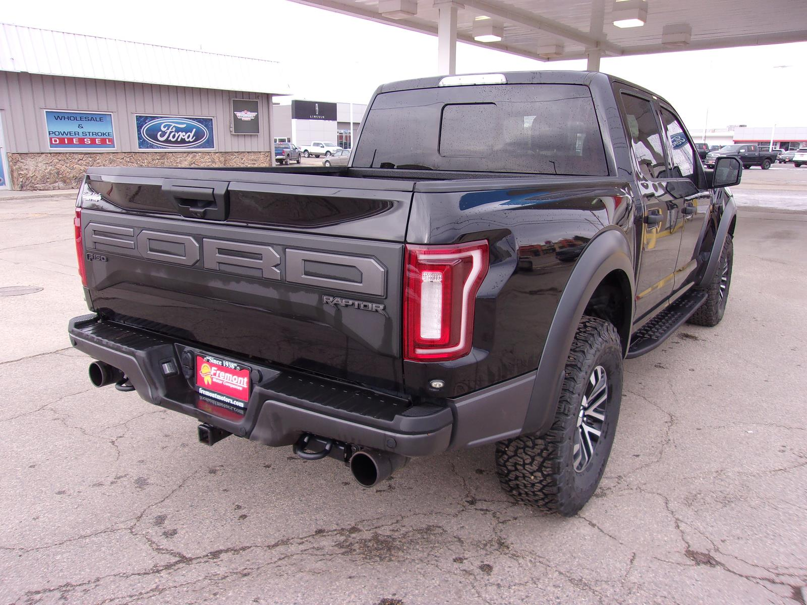 2019 Ford F-150 SuperCrew Cab 4x4, Pickup #1M20324 - photo 1