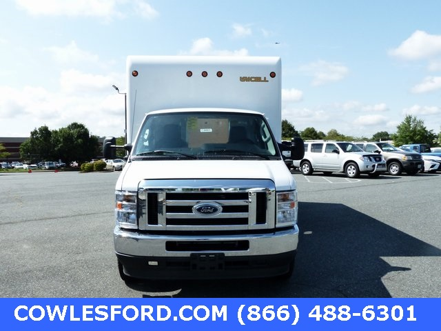 2021 Ford E-450 4x2, Unicell Classicube Cutaway Van #210001 - photo 4