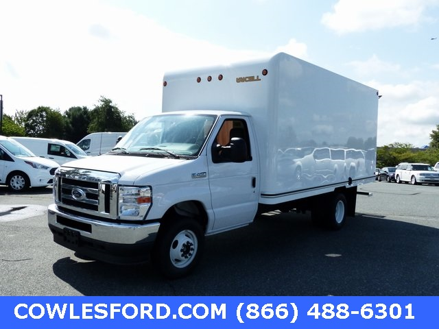 2021 Ford E-450 4x2, Unicell Cutaway Van #210001 - photo 1