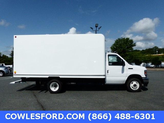 2021 Ford E-450 4x2, Unicell Classicube Cutaway Van #210001 - photo 5
