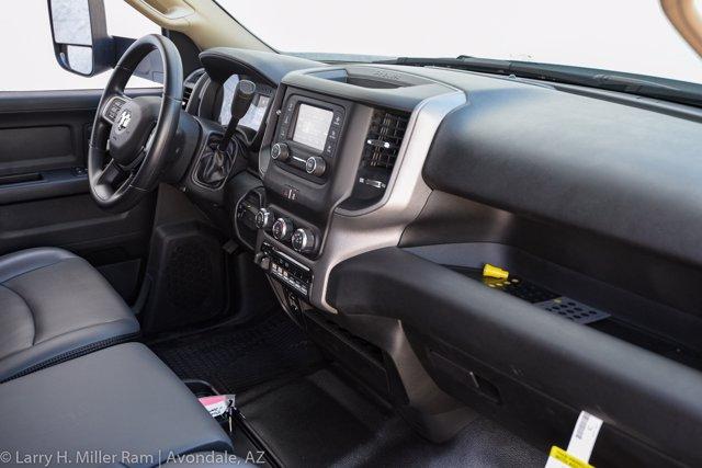 2019 Ram 3500 Crew Cab DRW 4x4, Reading Master Mechanic HD Crane Crane Body #19P00009 - photo 31