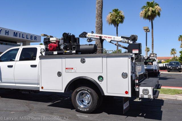 2019 Ram 3500 Crew Cab DRW 4x4, Reading Master Mechanic HD Crane Crane Body #19P00009 - photo 5