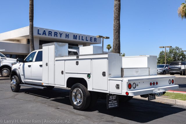2020 Ram 5500 Crew Cab DRW 4x4, Scelzi Welder Body #20P00004 - photo 1