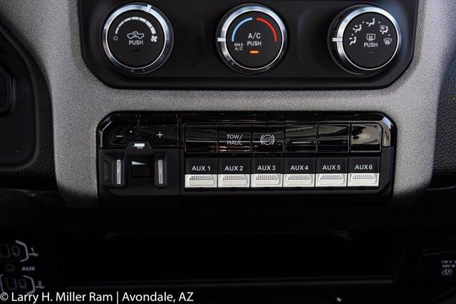 2020 Ram 4500 Crew Cab DRW 4x4, Royal Contractor Body #20P00024 - photo 20