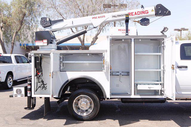 2021 Ram 5500 Crew Cab DRW 4x4, Reading Master Mechanic HD Crane Mechanics Body #21P00030 - photo 15