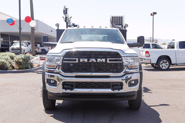 2021 Ram 5500 Crew Cab DRW 4x4, Reading Master Mechanic HD Crane Mechanics Body #21P00030 - photo 8