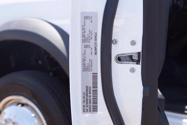 2021 Ram 5500 Crew Cab DRW 4x2, Royal Truck Body Service Body #21P00040 - photo 28