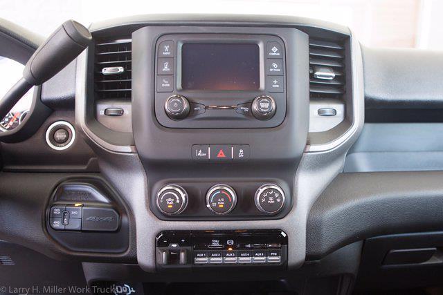 2021 Ram 5500 Crew Cab DRW 4x4, Royal Truck Body Contractor Body #21P00042 - photo 20
