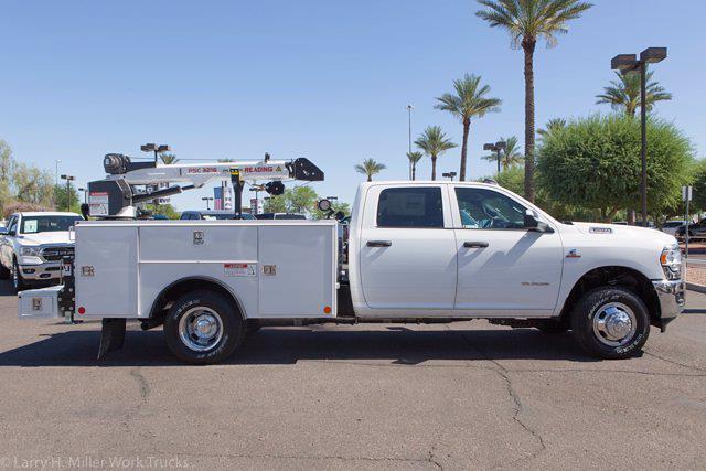 2021 Ram 3500 Crew Cab DRW 4x4, Reading Master Mechanic HD Crane Mechanics Body #21P00052 - photo 13