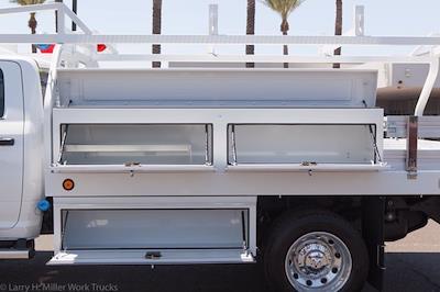 2021 Ram 4500 Crew Cab DRW 4x4, Royal Truck Body Contractor Body #21P00070 - photo 4