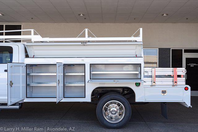 2021 Ram 5500 Crew Cab DRW 4x2,  Scelzi SEC Combo Body #21P00111 - photo 5
