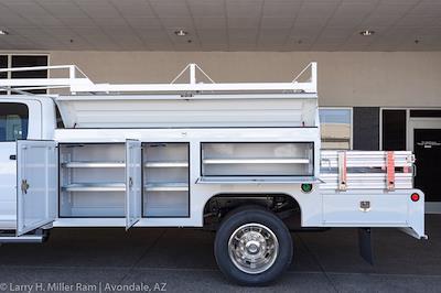 2021 Ram 5500 Crew Cab DRW 4x2,  Scelzi SEC Combo Body #21P00123 - photo 5