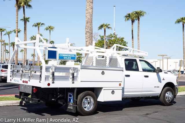 2020 Ram 3500 Crew Cab DRW 4x4, Royal Contractor Body #20P00027 - photo 21