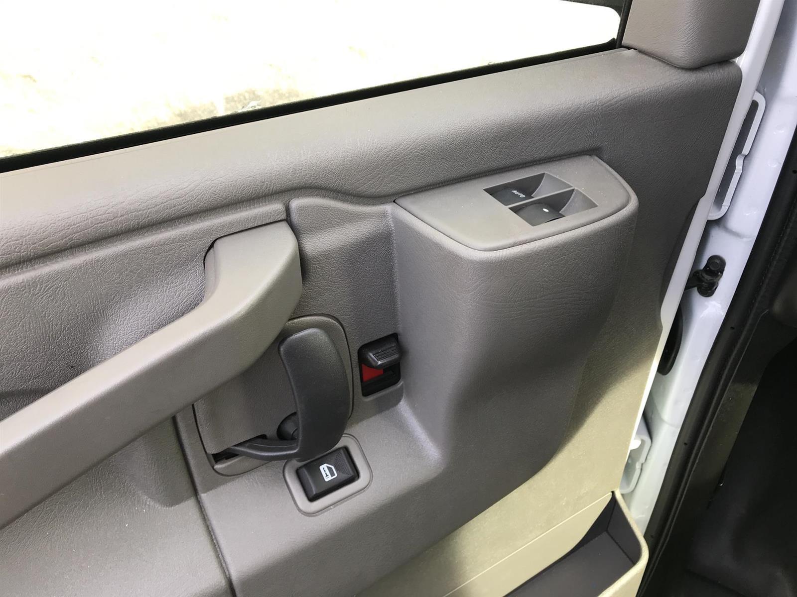 2020 Chevrolet Express 3500 4x2, Supreme Spartan Service Utility Van #N013939 - photo 9