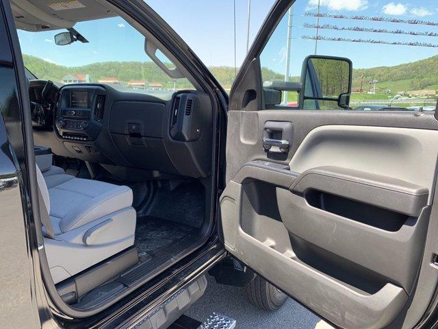 2019 Chevrolet Silverado Medium Duty Regular Cab DRW 4x2, Jerr-Dan Rollback Body #50030831 - photo 12