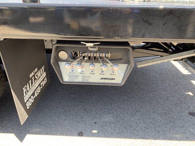 2019 Chevrolet Silverado Medium Duty Regular Cab DRW 4x2, Jerr-Dan Rollback Body #50030831 - photo 7