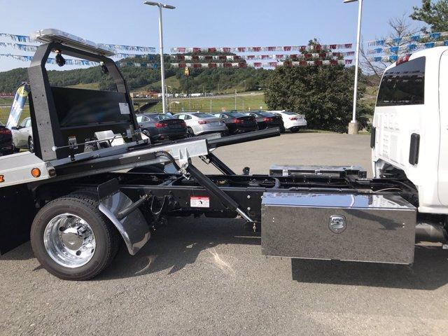 2020 Chevrolet Silverado Medium Duty Crew Cab DRW RWD, Jerr-Dan Rollback Body #50030916 - photo 14