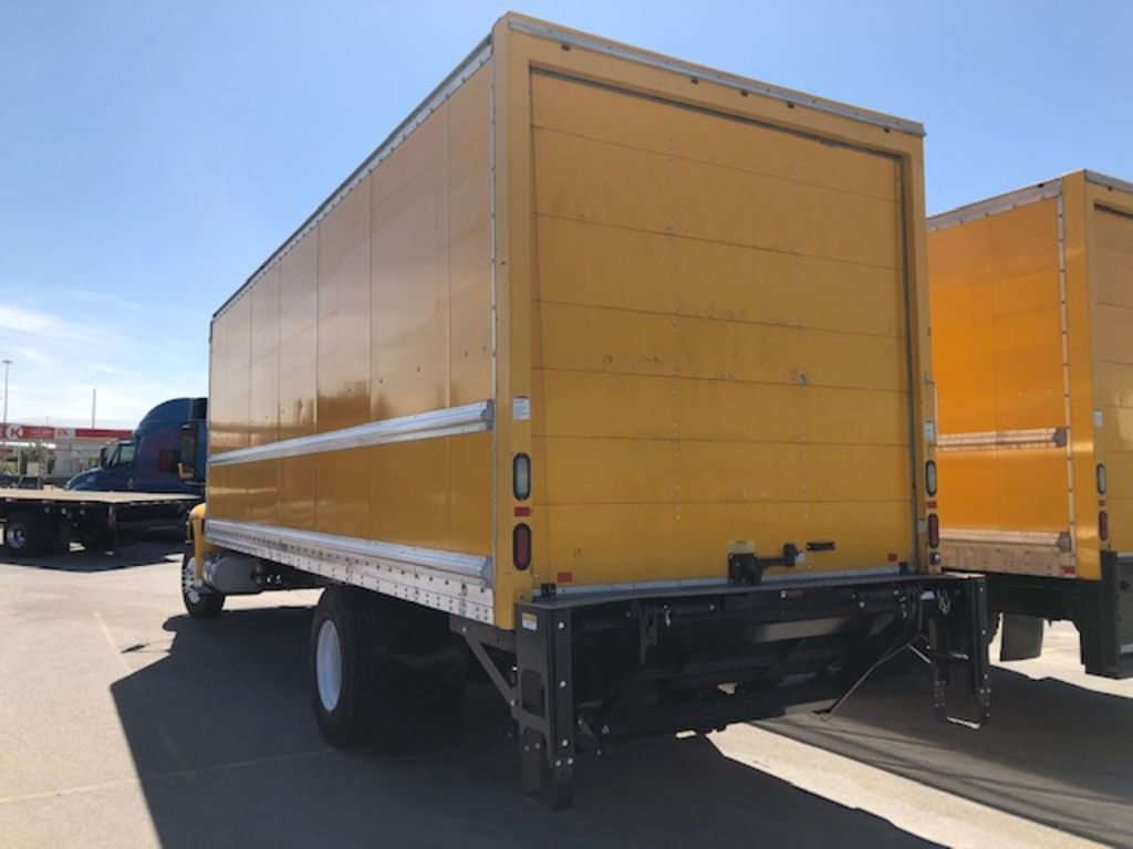 2015 International DuraStar 4300 4x2, Dry Freight #176315 - photo 1