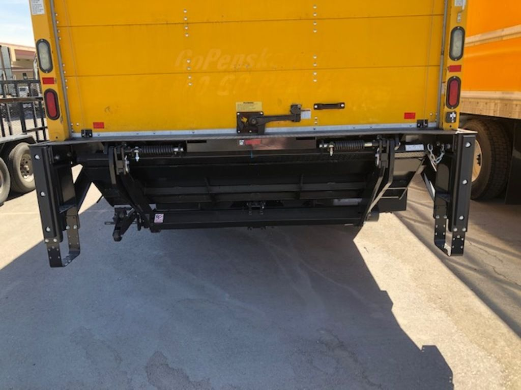 2015 International DuraStar 4300 4x2, Dry Freight #176315 - photo 5