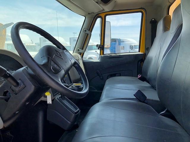 2016 International DuraStar 4300 4x2, Dry Freight #178966 - photo 6