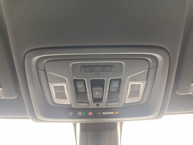 2020 Chevrolet Silverado 1500 Crew Cab 4x4, Pickup #C2652A - photo 23
