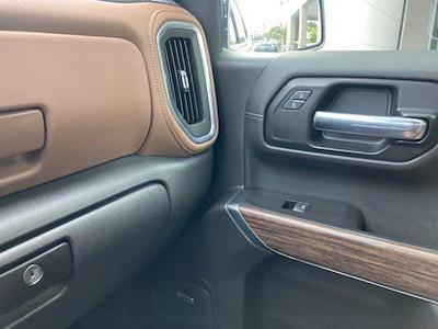 2020 Chevrolet Silverado 1500 Crew Cab 4x4, Pickup #C2652A - photo 32