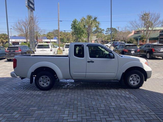 2017 Nissan Frontier King Cab 4x2, Pickup #G5734D - photo 8