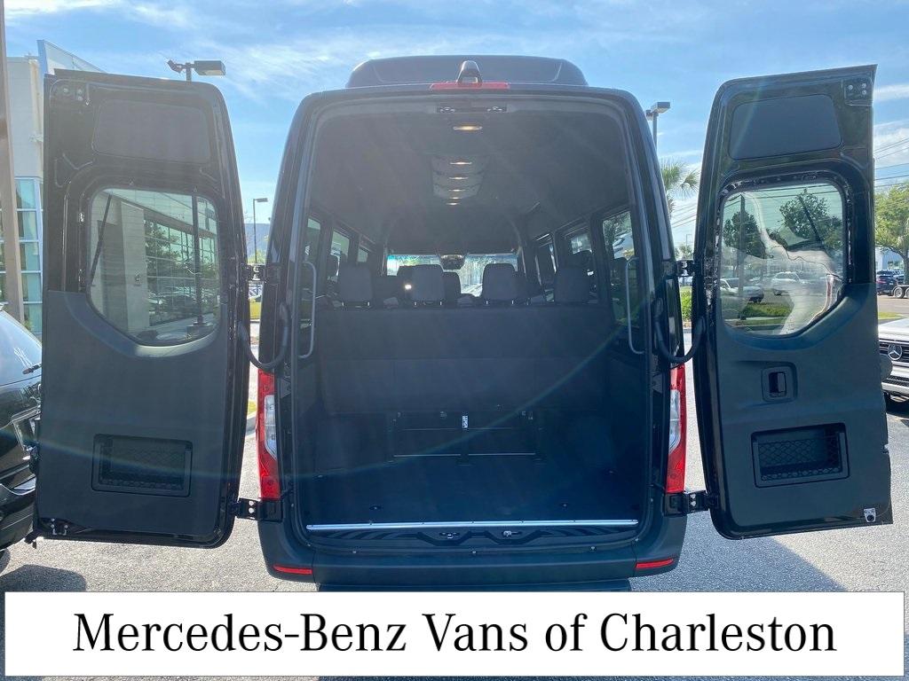 2019 Mercedes-Benz Sprinter 2500 High Roof 4x2, Passenger Van #MB10364 - photo 1