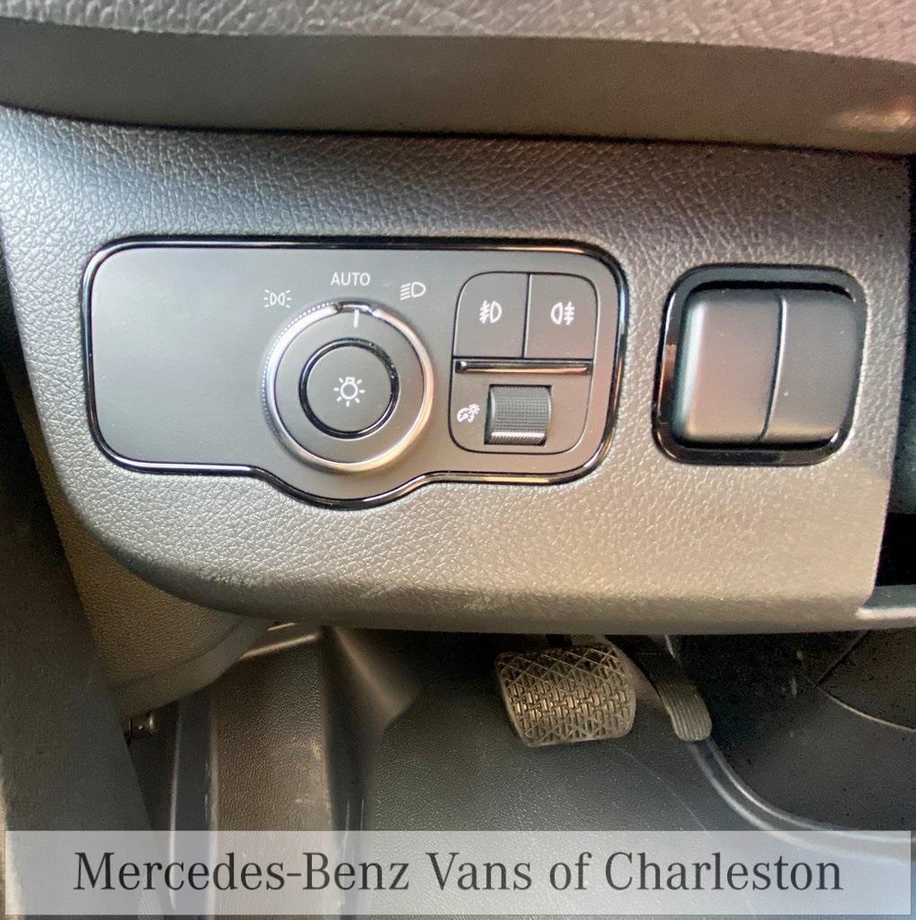 2020 Mercedes-Benz Sprinter 2500 4x4, Empty Cargo Van #MB10409 - photo 22