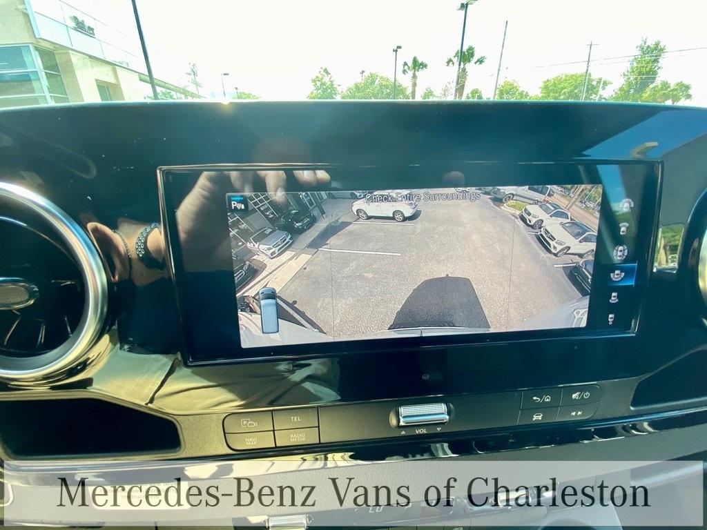 2020 Mercedes-Benz Sprinter 2500 4x4, Empty Cargo Van #MB10409 - photo 29