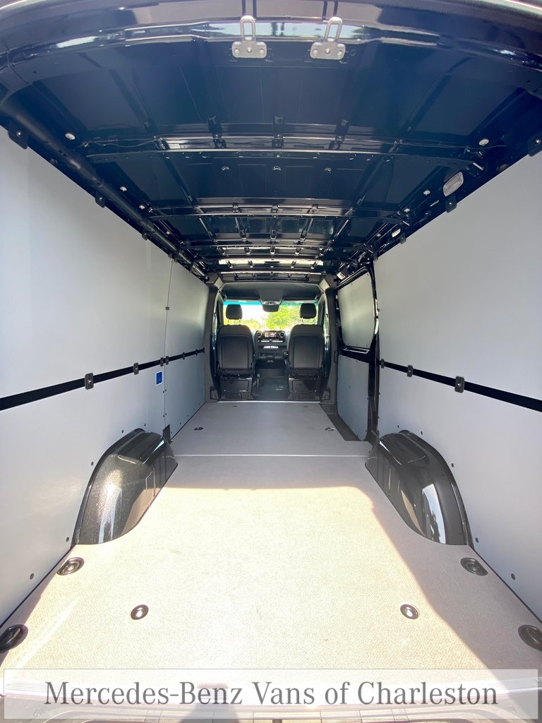 2020 Mercedes-Benz Sprinter 2500 4x4, Empty Cargo Van #MB10411 - photo 21