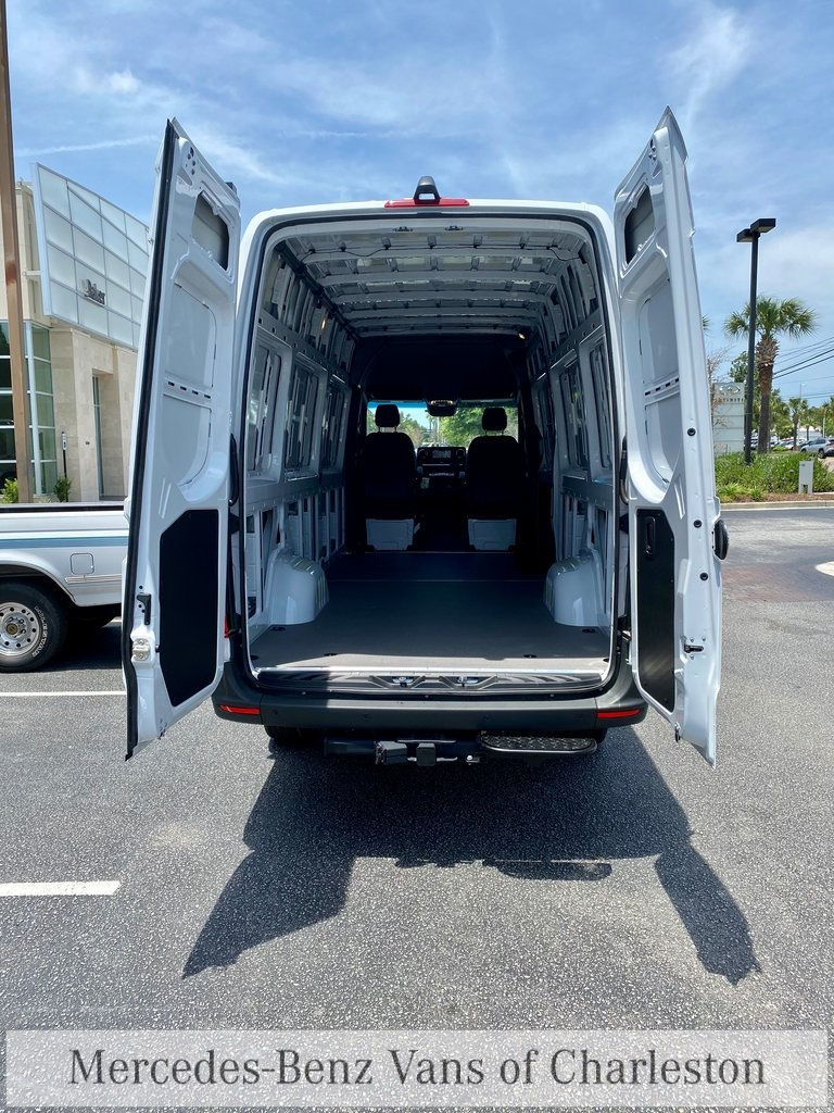 2020 Mercedes-Benz Sprinter 2500 4x4, Empty Cargo Van #MB10415 - photo 15