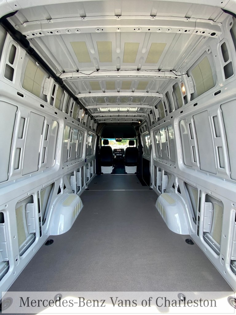 2020 Mercedes-Benz Sprinter 2500 4x4, Empty Cargo Van #MB10415 - photo 17